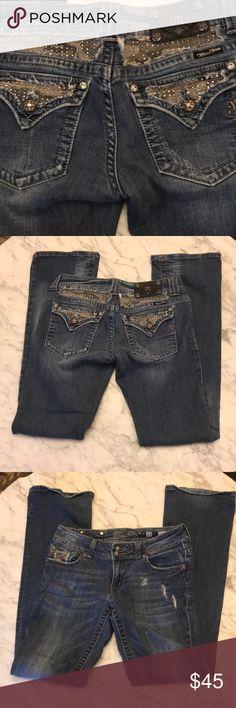 EUC Size 29 Boot cut Miss Me Jeans 35 Inseam EUC Size 29 Boot cut Miss Me Jeans 35 Inseam Miss Me Jeans Boot Cut