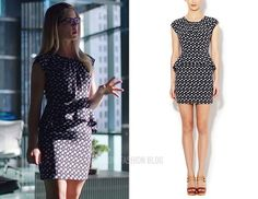 """Wish this was LONGER!!! :(   Felicity wears Sandro in 2×02 """"Identity"""", 2×09 """"Three Ghosts"""""""