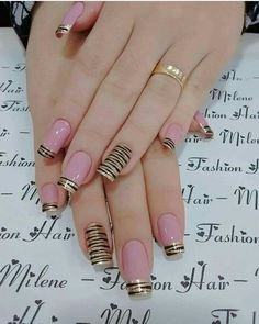 Hey there lovers of nail art! In this post we are going to share with you some Magnificent Nail Art Designs that are going to catch your eye and that you will want to copy for sure. Nail art is gaining more… Read Classy Nails, Stylish Nails, Simple Nails, Trendy Nails, Cute Nails, Simple Nail Art Designs, Cute Nail Designs, Easy Nail Art, Pink Nail Art