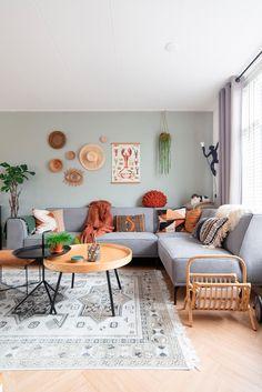 Living Room Sets, Home Living Room, Living Room Designs, Living Room Decor, Bedroom Decor, Apartment Interior, Living Room Interior, Room Interior Colour, Living Room Inspiration