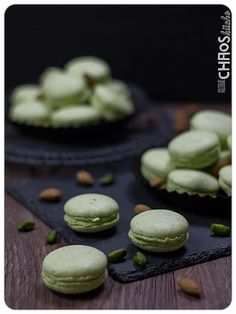 Pistazien Macarons Macarons, Cheesecake, Comfy, Desserts, Food, Pistachios, Tailgate Desserts, Deserts, Macaroons