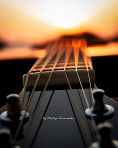 Image may contain: one or more people, people playing musical instruments and guitar Sunrise Photography, Cute Photography, Photography Editing, Macro Photography, Creative Photography, Guitar Art, Music Guitar, Acoustic Guitar Photography, Cool Pictures