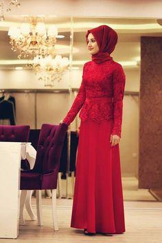 Kırmızı dantel tesettürlü abiye modeli