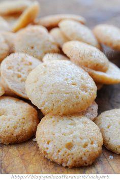 Nocciolini di Chivasso ricetta piemontese vickyart arte in cucina