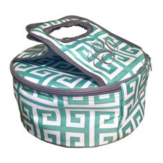 DEAL OF THE WEEK! **ONLY $9.95** NO that's not a typo!! TEN bucks. That's it. With this trendy casserole carrier you'll be comin' in hot!  Shop SALE Here: http://www.thepreppypair.com/Deal-of-the-Week_c_40.html