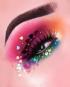 PICTORIAL SWIPE to see the steps & a short video of the finished look! Didn't take pictures of all steps but I hope you like it… Rave Makeup, Glam Makeup, Diy Makeup, Makeup Inspo, Makeup Inspiration, Beauty Makeup, Makeup Ideas, Makeup Tips, Make Up Art