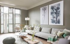 Fantastic modern farmhouse living room are offered on our web pages. Have a look and you will not be sorry you did. Classic Living Room, Home Living Room, Apartment Living, Living Room Decor, Happy New Home, Appartement Design, Architectural Digest, Home Interior Design, Furniture