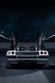 Lamborghini Diablo VT | Source | HC