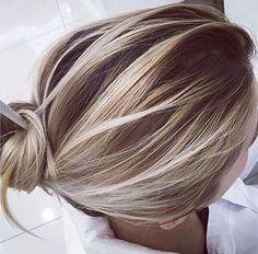 Balayage goals ✔ ✔ Incredible light and shade, no grow out lines. Hair Color And Cut, Balayage Hair, Short Balayage, Blonde Balayage Highlights On Dark Hair, Haircolor, Great Hair, Hair Day, Gorgeous Hair, Hair Looks