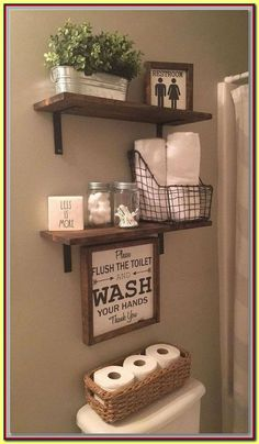 25 Inventive Bathroom Storage Ideas Made Easy Have a small bathroom room and running out of space to put all of your stuff? We've compiled a list of 25 brilliant bathroom storage ideas that will help you create more space. Small Bathroom Furniture, Small Bathroom Storage, Wall Storage, Small Bathrooms, Bathroom Organization, Bathroom Shelves, Organization Ideas, Diy Furniture, Bathroom Cabinets
