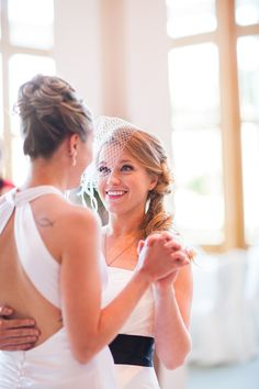 jessica-brooke-real-lesbian-wedding-orlando-florida-alternative-life-photography-design-first-dance