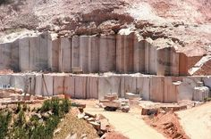 How cool, this is the first granite quarry I've seen a pic of.  What a process!