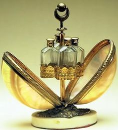 Perfume bottles egg presentation from the Barcelona perfume museum