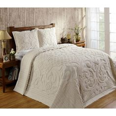 Enhance any bedroom in your home with this elegant three-piece bedspread set made of chenille cotton. Soft to the touch, this cotton bedspread set is warm and inviting. The geometric pattern adds a co Bedroom Setup, Bedroom Ideas, Bedroom Decor, Garden Bedroom, Bedroom Makeovers, Bedroom Themes, Bedroom Styles, Bedroom Designs, Chenille Bedspread