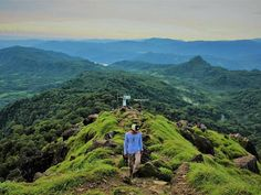 "1,561 Suka, 3 Komentar - Lingkar Indonesia (@lingkarindonesia) di Instagram: ""Gunung Bulu'saraung, Pangkep , Sulawesi Selatan #lingkarindonesia  Photo by @ismailzainal96  Thanks…"""