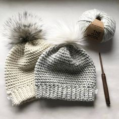 It may still not be too late to crochet a really nice Beanie (with Waffle Stitch pattern) for the beginning of the year! In most places, you will still need to keep warm and winter is still not over! Bonnet Crochet, Crochet Beanie Pattern, Crochet Cap, Mittens Pattern, Easy Crochet Patterns, Crochet Scarves, Crochet Designs, Crochet Hooks, Motifs Beanie