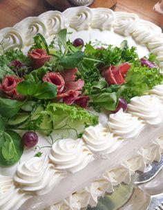 voileipäkakkun-koristeet No Salt Recipes, Cheesecakes, Cabbage, Sandwiches, Vegetables, Desserts, Cooking Ideas, Entertainment, Instagram