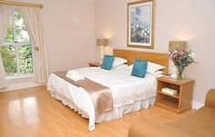 View Bell Rosen Guest House and all our other Accommodation listings in Cape Town. Fast and Easy quotes! Conference Facilities, Executive Suites, Double Room, Free Wifi, Cape Town, Swimming Pools, House, Furniture, Home Decor