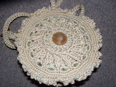 CD purse using the first 6 rows of a doily from Leisure Arts, The Best of Patricia Kristophersen
