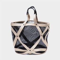 wireframe bag by Oscar Diaz