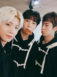 Hwiyoung, Jaeyoon, Dawon