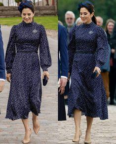 Princesa Mary, Denmark Royal Family, Prada Clutch, Princess Marie Of Denmark, Crown Princess Mary, Mary Elizabeth, Chic Outfits, Christian, Royals