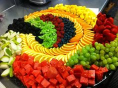Best Fruit platters ideas on Party Platters, Party Trays, Snacks Für Party, Party Buffet, Deco Fruit, Fruit Plate, Fruit Trays, Fruit Art, Fruit Buffet