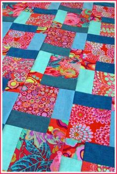 Another great disappearing 9-patch quilt, love the colors by Rosa Lopez