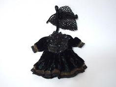 Gorgeous  black silk velvet tiny french Bebe Dress  Cap for antique Bleuette sized doll