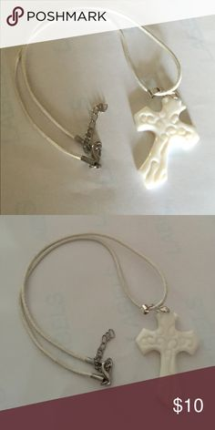 """White leather round necklace with a white 3 1/2""""x2 White leather  Round necklace 18"""" long with porcelain cross that's 3 1/2""""x2"""" Jewelry Necklaces"""