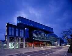 Kunsthaus par Sir Peter Cook et Colin Fournier - Journal du Design