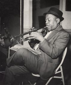 "gregorygalloway: "" David Roy Eldridge (January 1911 – February in 1961 "" Jazz Artists, Jazz Musicians, Soul Music, My Music, Jazz Trumpet, Trumpet Music, Roy Eldridge, Francis Wolff, Jazz Radio"