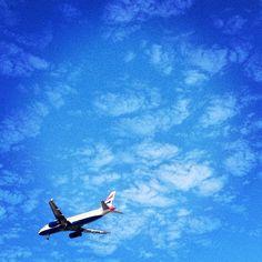 Um avião ...