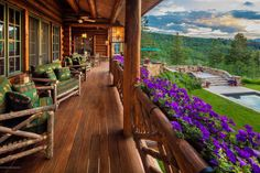 Dream House: Aspen Rustic Log Lodge (37 Photos) (36)