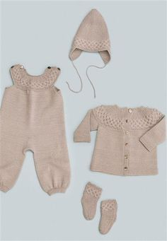 1415: Modell 10 Jakke, bukse, lue, sokker #baby #knit #strikk