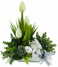 All Details You Need to Know About Home Decoration - Modern Easter Flower Arrangements, Easter Flowers, Spring Flowers, Floral Arrangements, Easter Table Decorations, Flower Decorations, Diy Ostern, Deco Floral, Easter Holidays