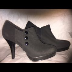 Heels Brand new heels never used Shoes Ankle Boots & Booties