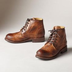 AMERICAN LEGEND BOOTS - Classic lace-up boots with a patina of age and wisdom. Hand-finished leather. Each pair is unique.