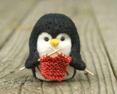 Needle Felted Penguin Knitting от scratchcraft на Etsy