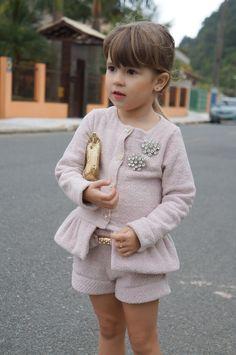 vitta blog vittamina look do dia infantil menina penteado para menina laço no cabelo laço vermelho com poa bugbee look conjuntinho 8