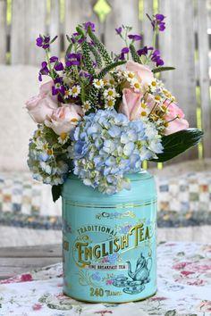 Floral Arrangements, Flower Arrangement, My Flower, Flowers, Breakfast Tea, Tea Tins, Flower Centerpieces, Tablescapes, Tea Party