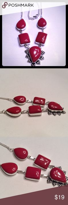 RED CORAL NECKLACE IN .925 SILVER SETTING RED CORAL GEMSTONE IN .925 SILVER SETTING. NEW IN BAG. BOUTIQUE Jewelry Necklaces