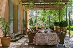 Le Domaine de Beauregard comprises 5 hectares of enclosed gardens. The property comprises 9 bedrooms and 8 bathrooms spread across two houses, and can sleep up to 18 people in a stunning setting. The grounds feature lavender fields, olive groves, a rose garden, a swimming pool (16 x 5m) and fountains. This authentic property benefits from both its peaceful natural surroundings and its vicinity to the centre of Aix-en-Provence. More details available on request.Our fees