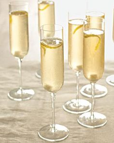 Put a twist on the classic Champagne toast with this idea