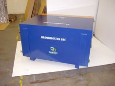 Diffuser floor packing case which doubled up as a display stand for the Bloodhound SCC project. Designed and manufactured by Bampton Packaging Ltd.  For more information on the packaging solutions we can offer here at Bamptons please call our sales office on 0115 9868601 or email enquiries@bamtponpackaging.co.uk