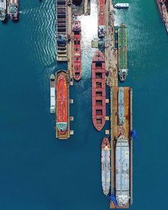 The addition of cameras to drones may have just changed the way many industries run forever. Aerial Photography, Creative Photography, Space Photography, Photography Ideas, Cool Photos, Beautiful Pictures, Amazing Photos, Drones, New Drone