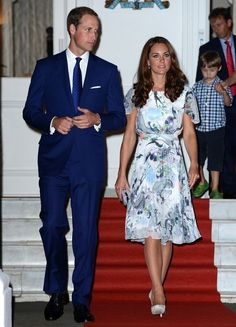 Kate Middleton Photo - Will and Kate in Singapore 2