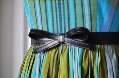DIY: vintage-style bow belt