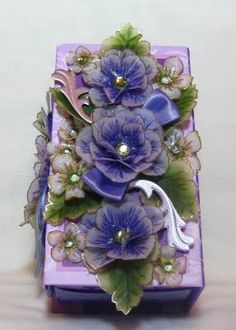 Violet wrap - this is actually a decorated box - not wrap - but still a great idea !