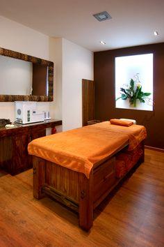 Cabina Buda Nails & Beauty